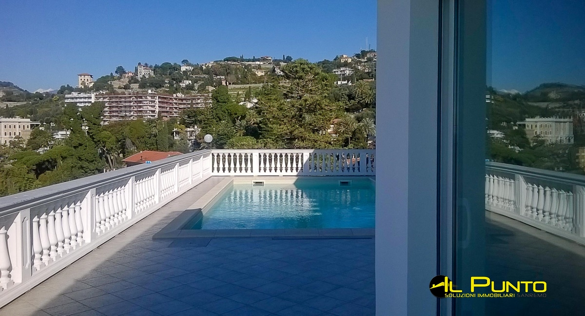 For Sale Penthouse/Last floor Bordighera - Wonderful penthouse with ...