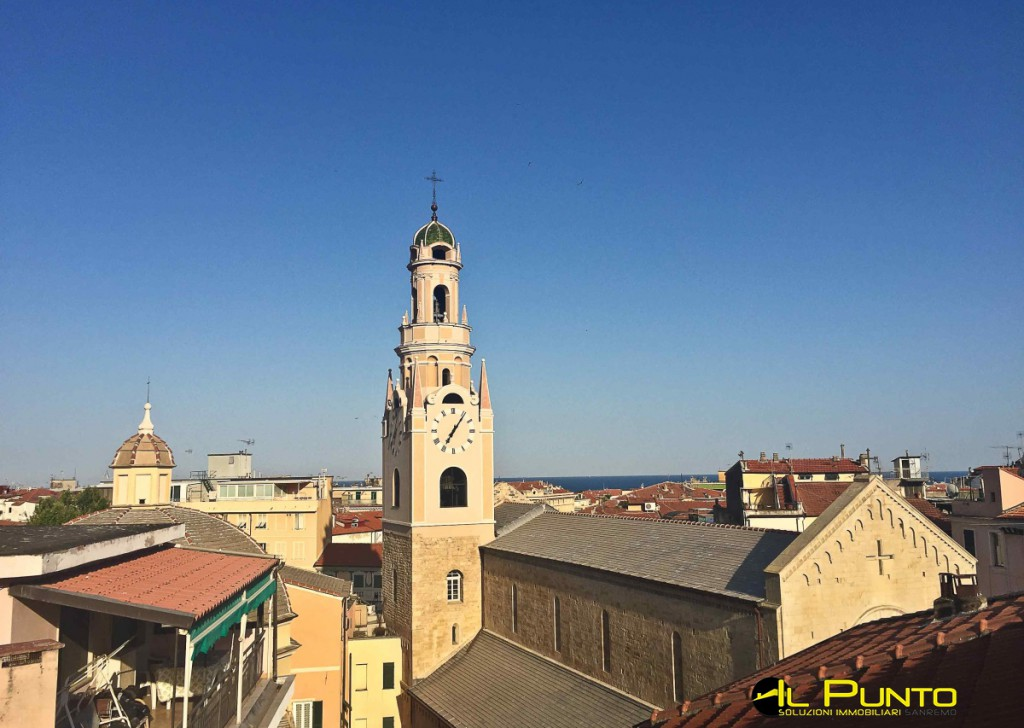 For Sale  Typical Ligurian house Sanremo - SANREMO San Siro Cathedral area, apartment to be renovated.  Locality