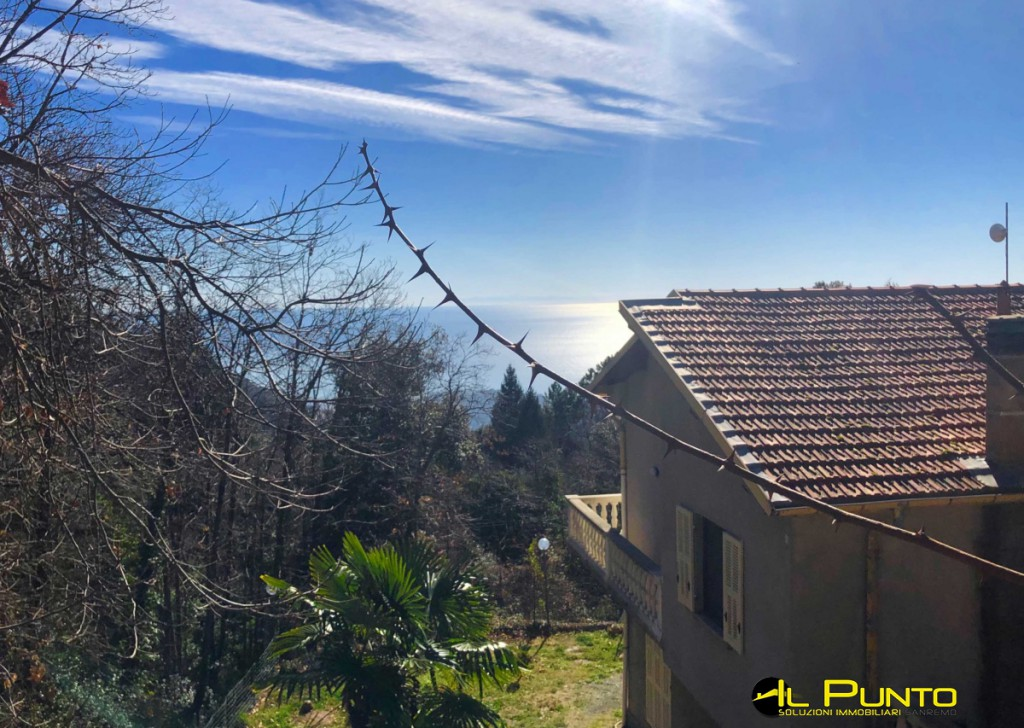 Sale Villas and Independent Houses Sanremo - SAN REMO area Borello large villa with sea view Locality