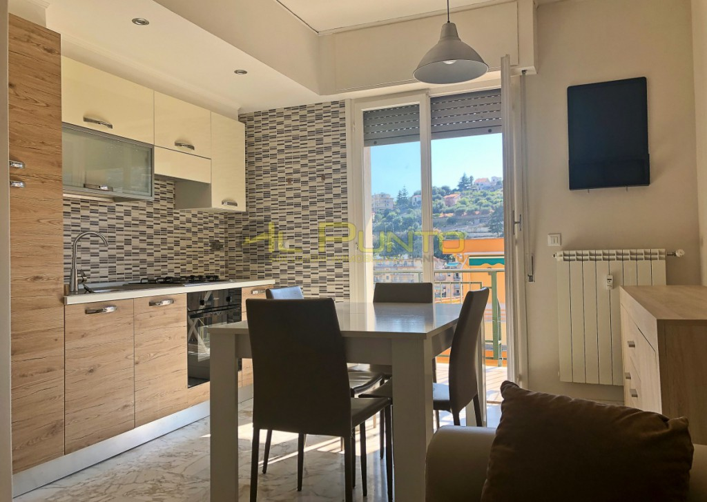 Rent Apartment Sanremo - SANREMO two-bedroom renovated with balcony Locality