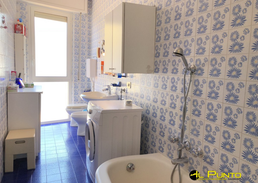 Sale Apartment Sanremo - SANREMO big apartment with balcony and sea view Locality