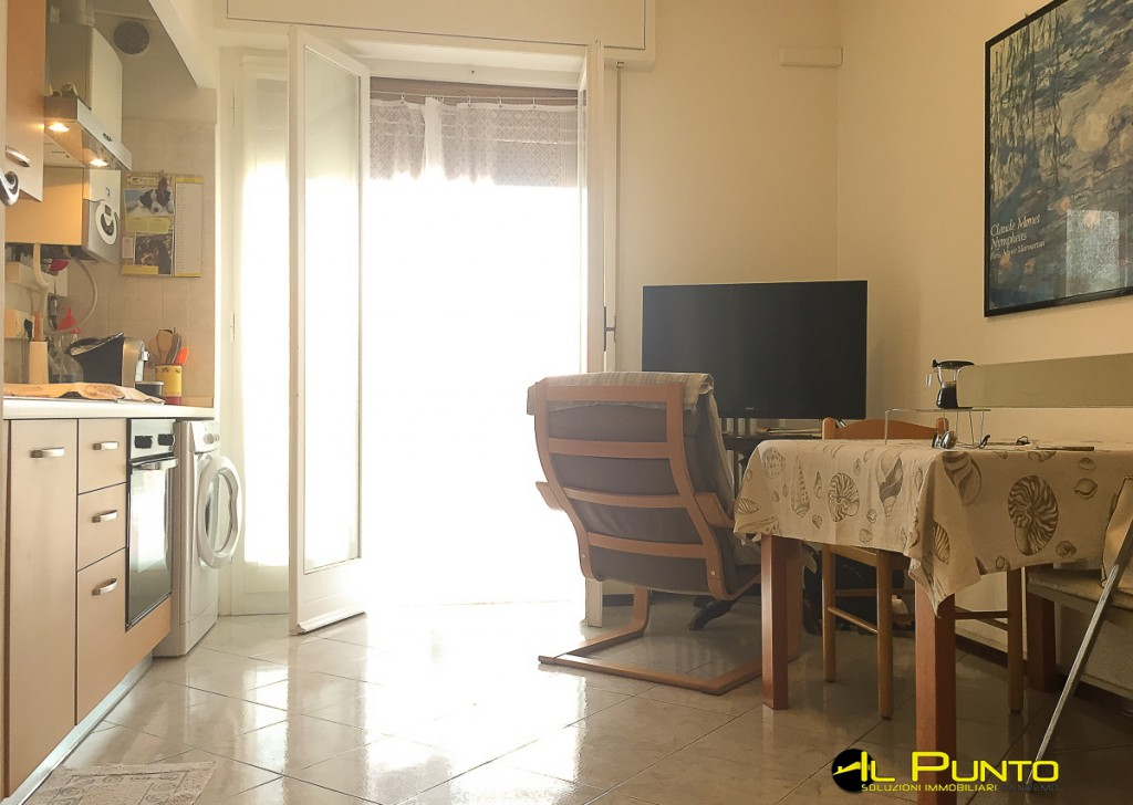 Rent Apartment Sanremo - Lovely apartment with garden Locality