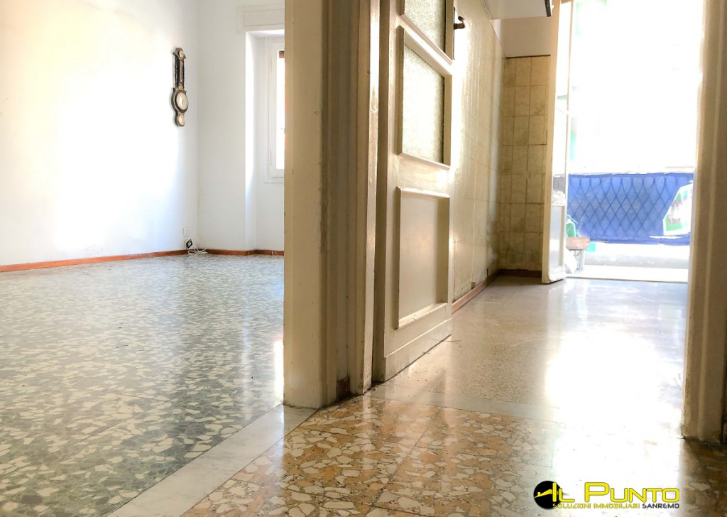 Sale Apartment Sanremo - SANREMO within walking distance of Colombo Square to be renovated Locality