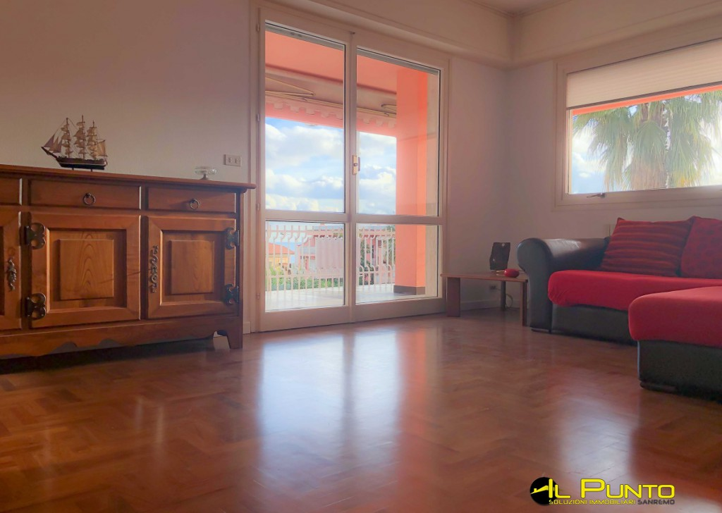 Sale Apartment Sanremo - SANREMO luxury apartment with terrace and garden Locality