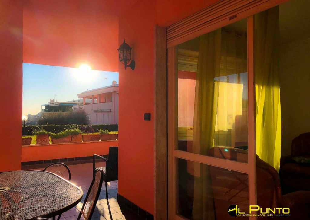 Sale Apartment Sanremo - SANREMO in residential apartment with terrace and garage.  Locality