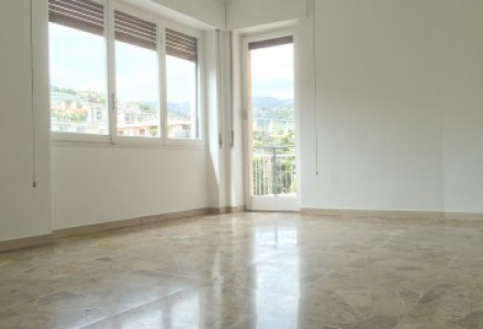 Spacious one bedroom apartment with kitchen in San Martino area