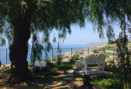 SANREMO Important Villa close to Sanremo with stunning sea views