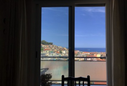 SANREMO big apartment with balcony and sea view