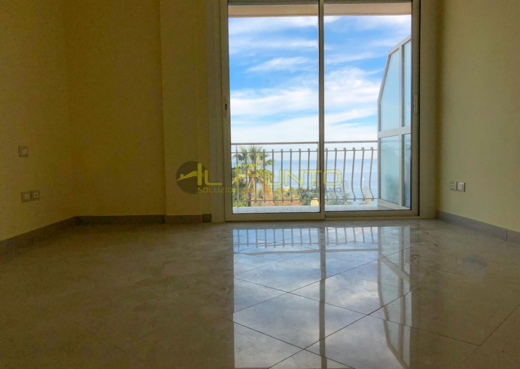 Sale Apartment Sanremo - SANREMO in a green and quiet area with sea views Locality