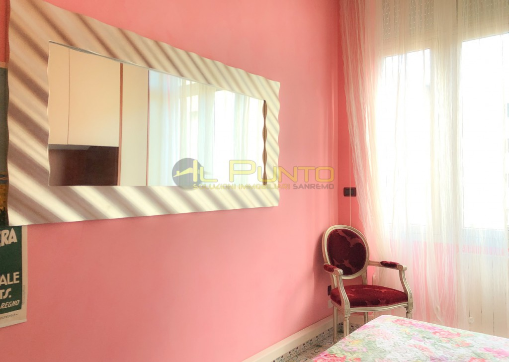 Sale Apartment Sanremo - SANREMO central overlooking Piazza Colombo Locality
