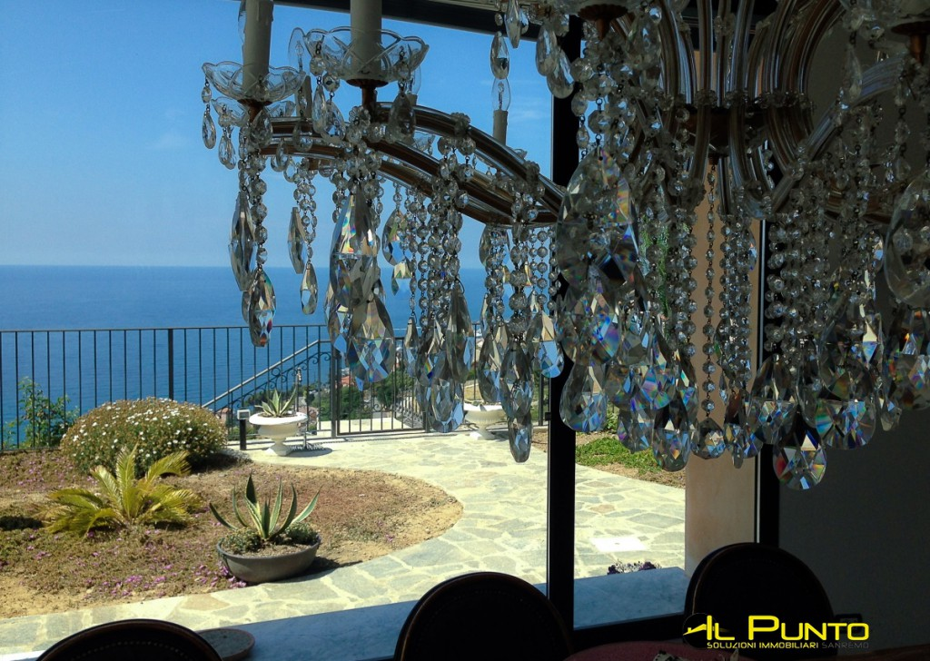 Sale Villas and Independent Houses Sanremo - SANREMO Important Villa close to Sanremo with stunning sea views Locality